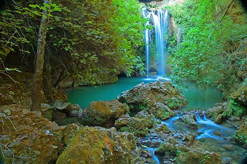 aguas estancadas  Rios