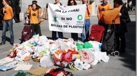 Se prohibirán las bolsas de plástico no biodegradables