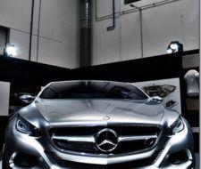 Mercedes-Benz con nuevo coche ecológico