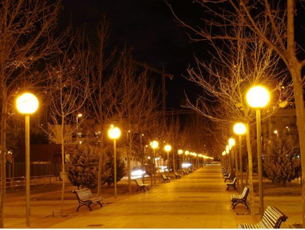 contaminacion-luminica-espana-paseo-luminico