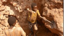 La explotacion del Coltan, saqueo ambiental y humano tras nuestros telefonos moviles