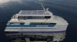 Barco de energía solar para patrullar la Gran Barrera de Coral