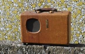 Transformar una antigua radio portátil en un Bluetooth