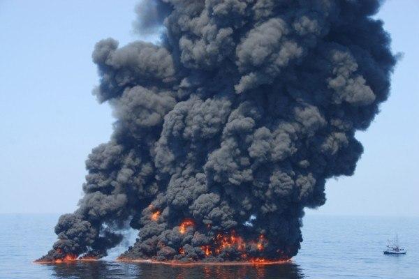contaminacion-del-agua-efectos.negativos-de-la-contaminación-del-océano-con-petróleo