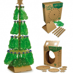 decoracion-navidena-con-materiales-reciclados-arbol-navidad-botellas-plastico - Decoraci�n Navide�a con materiales reciclados