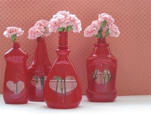 como-hacer-regalos-para-san-valentin-con-material-reciclado-envases-de-lavar