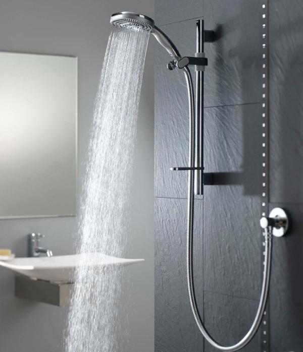 como-dormir-sin-calor-y-sin-aire-acondicionado-date-una-ducha-de-agua-templada