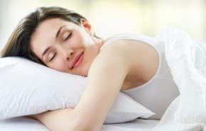 ¿Cómo dormir sin calor y sin aire acondicionado?