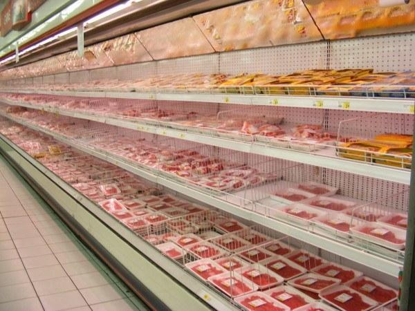 decidir-entre-alimentos-genericos-o-de-marca-en-el-supermercado-carne
