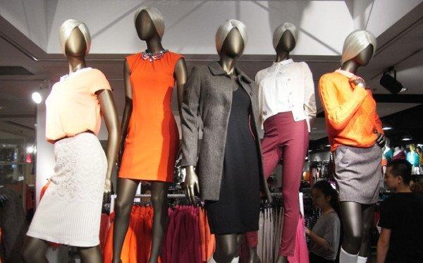 la-industria-de-la-moda-quiere-que-sientas-las-tendencias-de-inmediato