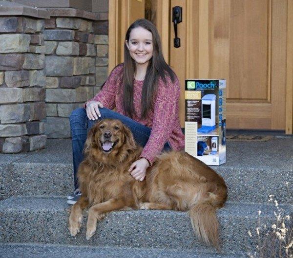 una-adolescente-inventa-un-videochat-para-ver-a-su-mascota-y-darle-golosinas-brooke-con-su-mascota