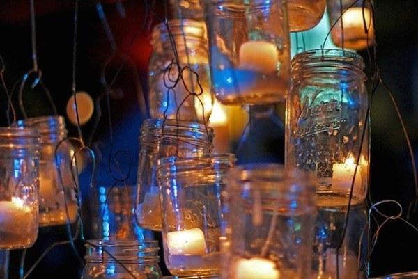 25-nuevos-usos-para-tarros-y-botes-viejos-reciclaje-lamparas-que-cuelguen