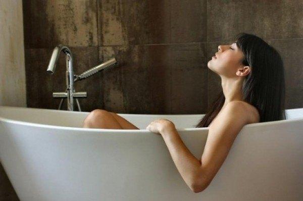 8-buenos-usos-de-las-sales-de-epsom-sales-en-la-bañera