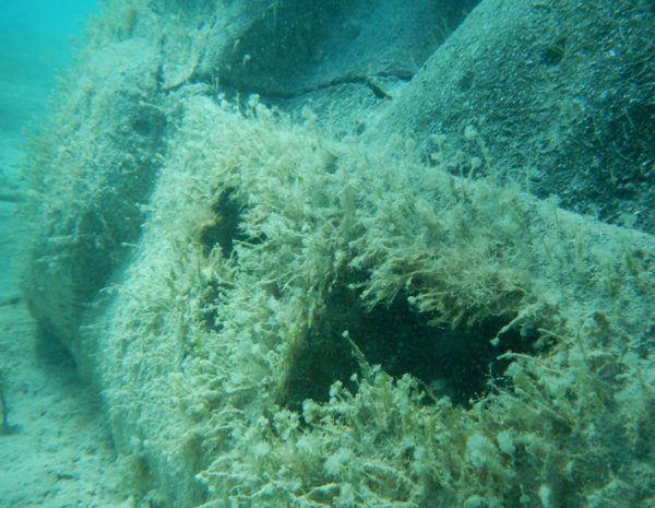 contaminacion-de-los-mares-barcos-hudidos