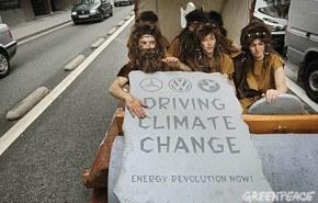 Arrestan a los Picapiedras ecologistas