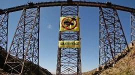 Activistas de Greenpeace protestan a 4.200 metros de altura
