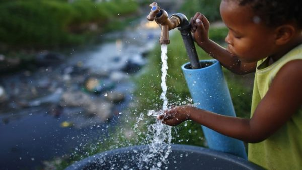 contaminacion-de-agua-derecho-agua