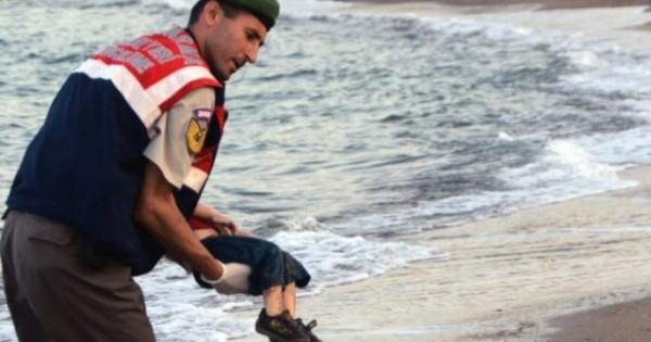 niño-fallecido-refugiado-siria