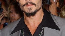 Johnny Depp equipará a su isla privada con energía solar