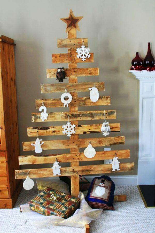 decoracion-navidena-con-materiales-reciclados-arboles-de-navidad-madera