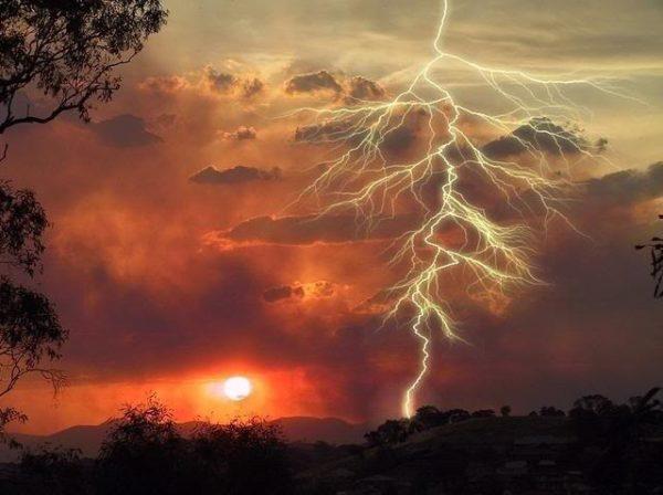 efecto-invernadero-consecuencias-tormentas-tropicales
