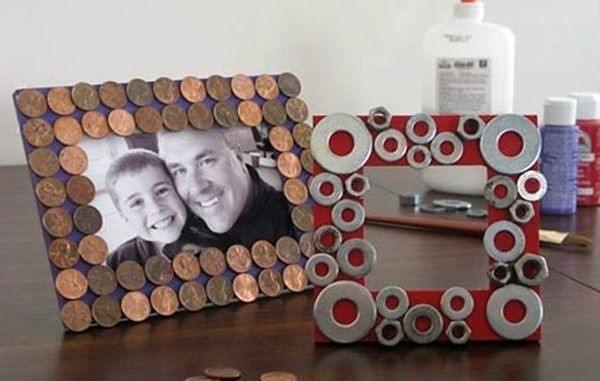 manualidades-de-dia-del-padre-con-materiales-recilcados-marcos-con-monedas
