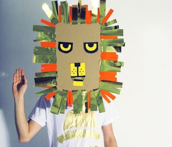 mascara carton carnaval