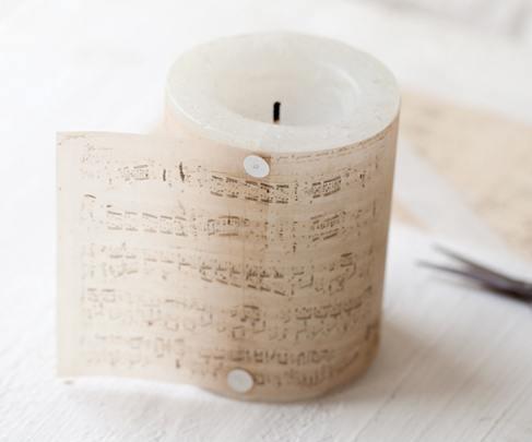 como-hacer-velas-decoradas-con-material-reciclado-papel