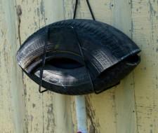 Cómo hacer una trampa para mosquitos y moscas hecha con neumáticos reciclados