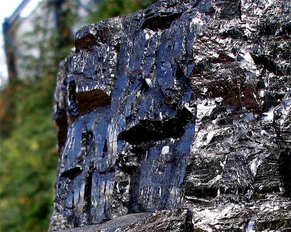 combustibles-fosiles-antracita-yacimiento
