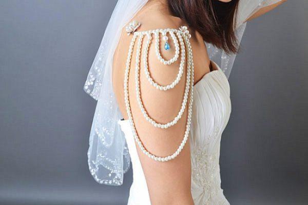 como-hacer-collares-con-materiales-reciclados-para-hombro-elegante