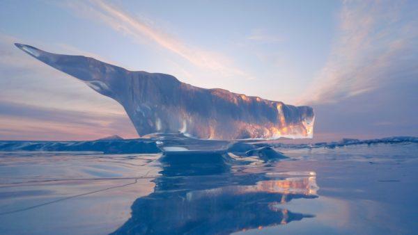 inundaciones-iceberg-barco