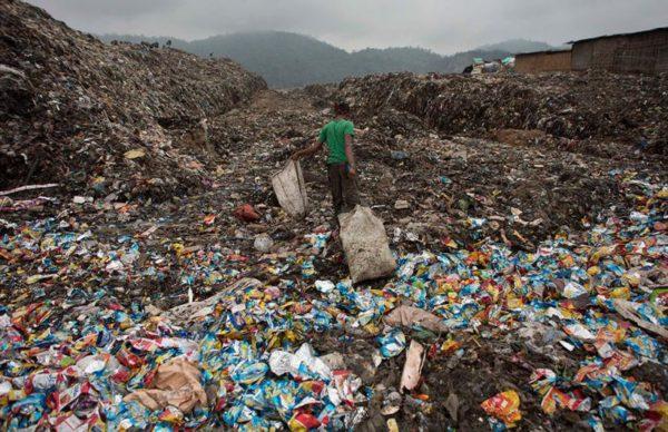 la-contaminacion-suelo-vertedero