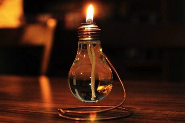 C mo hacer velas decoradas con material reciclado - Bombillas decoradas ...