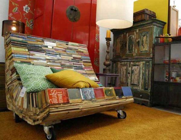 20-formas-de-reciclar-cosas-viejas-que-tienes-en-casa-sillon-de-libros