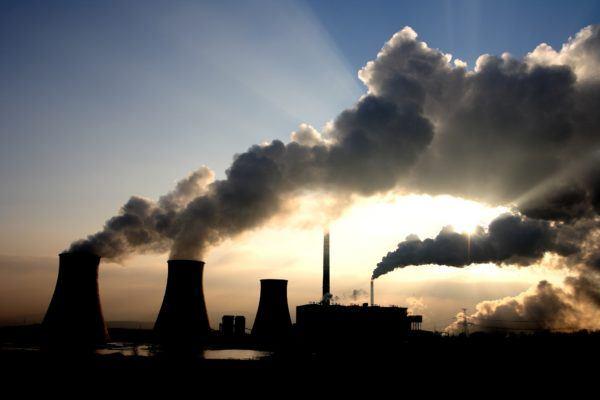contaminacion-atmosferica-fabricas