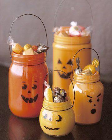 Manualidades fáciles de Halloween para niños cesta gominolas