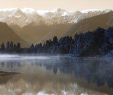 El glaciar más grande de Nueva Zelanda pierde 500 metros por año