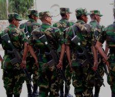 El ejército de Bolivia asesina perros