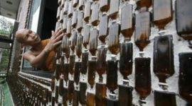 En Tailandia, las botellas se transformaron en un templo budista