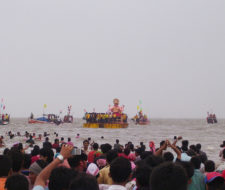Aguas contaminadas por ritos hindúes