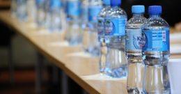 3 Motivos contundentes para no reutilizar las botellas de plástico