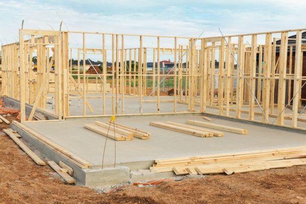Como construir casas de madera paso a paso