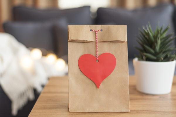 Mejores regalos san valentin bolsa papel