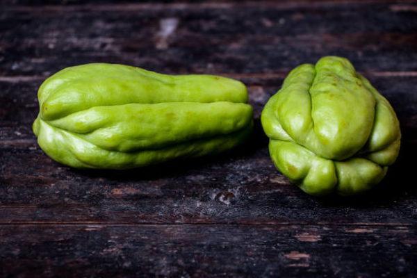 15 verduras que en realidad son frutas chayote