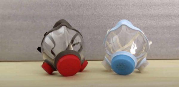 Disfraz material reciclado para Carnaval 2021 mascarilla con botella