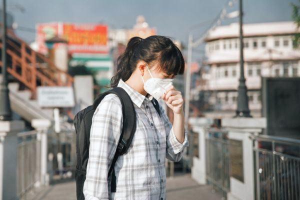 como-distinguir-los-sintomas-de-alergia-del-coronavirus-istock