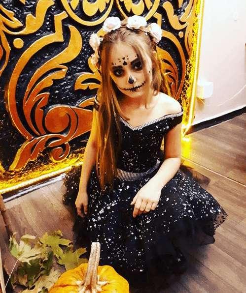 Manualidades fáciles de Halloween para niños maquillaje novia cadáver