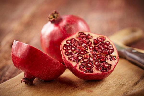 Frutas de otoño granada