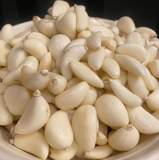 Cuándo y cómo se plantan los ajos pelados